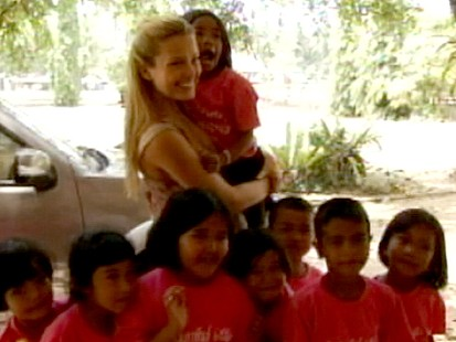 VIDEO: After surviving the 2004 tsunami, the model helps others with Happy Hearts.