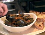 Mussels With Tomato Sauce & Guanciale