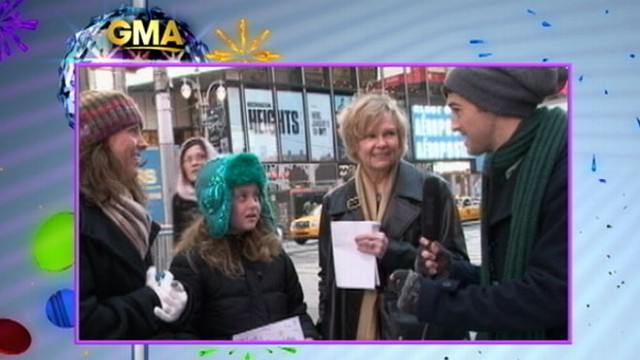 """VIDEO: """"GMA"""" sees whether viewers remember the lyrics to classic New Years song."""