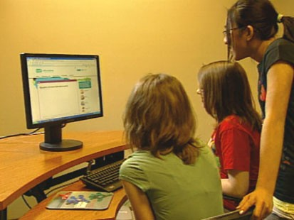 VIDEO: The Girl Scouts teamed up with Microsoft to create a cyber safety Web site.