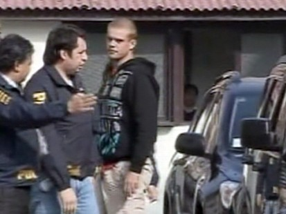 VIDEO: Van der Sloot Detained