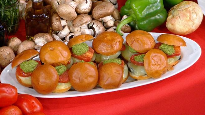 VIDEO: Rachael Rays Burger Recipes