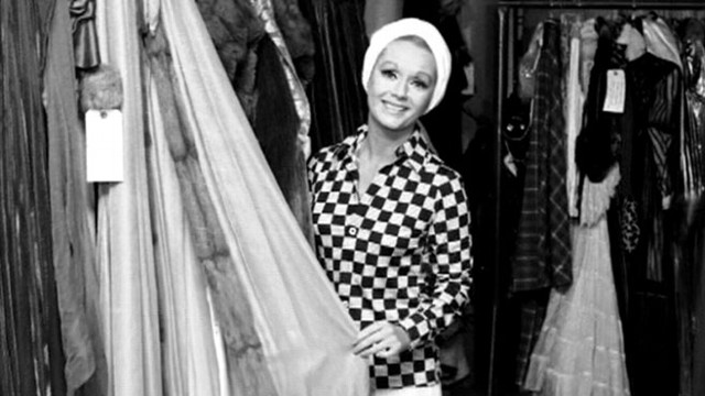 Debbie Reynolds On Marilyn Monroe Dresses Going To Auction