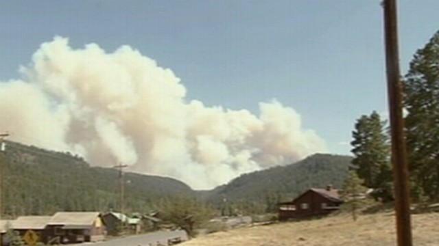 VIDEO: ABC News Clayton Sandell reports on the fires growing in eastern Arizona.