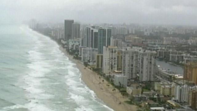 VIDEO: Ginger Zee, Matt Gutman track the latest weather across America.