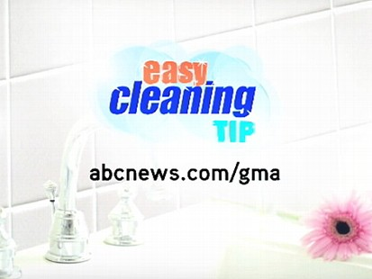 VIDEO Clean The Mildew Off Your Shower Curtain In Washer