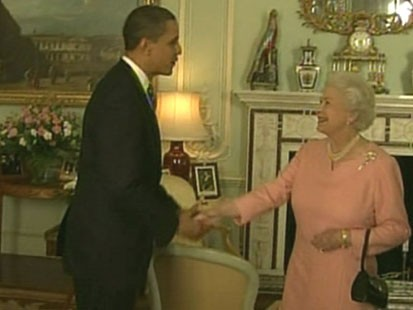 VIDEO: The president and first lady presented Queen Elizabeth II with an iPod.