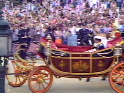 VIDEO: Kate Middleton will ride in same coach as Princess Diana on her wedding day.