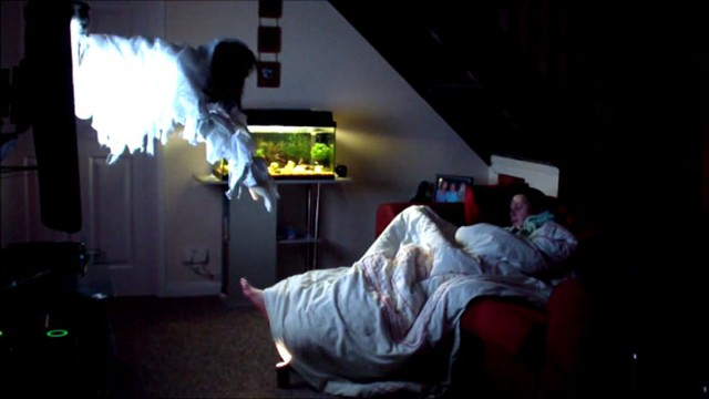 VIDEO: Woman Scared Awake by Ghost Prank