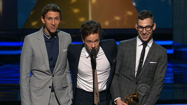 VIDEO: Fun wins Grammy Awards.