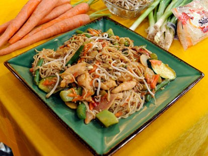 hungry girl lisa lillien s 200 calorie or less so low mein with