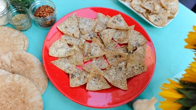 "PHOTO: Daphne Oz shares her recipe for pita chips with ""Good Morning America."""