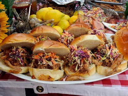 Sunny andersons pulled pork sandwiches recipe abc news sunny andersons pulled pork sandwiches forumfinder Gallery