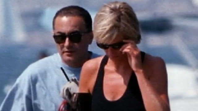 PHOTO:A new documentary about Princess Dianas death shows graphic photos of a dying Diana in the moments after the fatal crash that left her and two others dead.