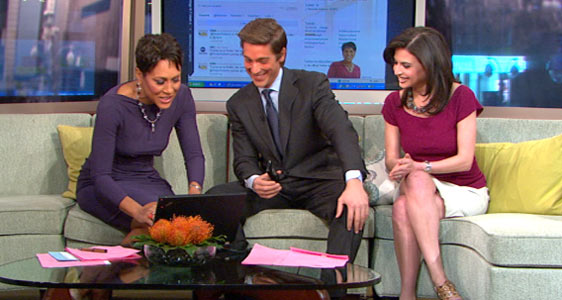 """PHOTO Robin Roberts, left, sends her first Tweet, on """"Good Morning America,"""" March 21, 2011."""