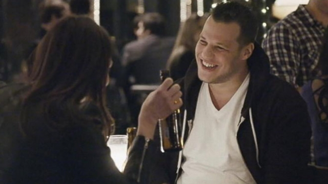Super Bowl ad stars a guy who doesn't know he's in a Super Bowl ad.