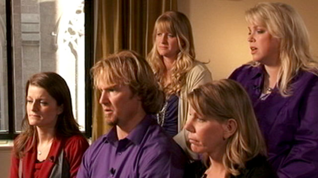 PHOTO:The polygamist family featured on TLCs reality show, Sister Wives, said the criminal investigation into their lifestyle was a factor in their move.
