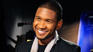 PHOTO Multi-platinum R&B artist Usher talks to Robin Roberts during a recording session for an interview that will air on March 29, 2010.