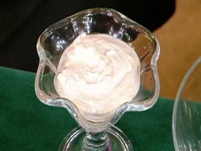 Diane Henderiks yogurt parfait is shown.
