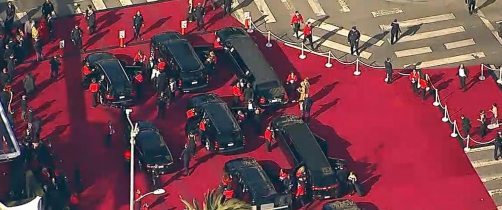 PHOTO: Limousines unload their passengers near the Dolby Theatre in Hollywood, Calif., at the 90th Annual Academy Awards on March 4, 2018.