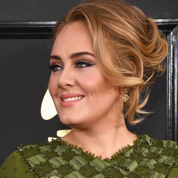 Adele S Makeup Artist Michael Ashton Instructs Fans On Recreating Her Signature Winged Eyeliner Gma