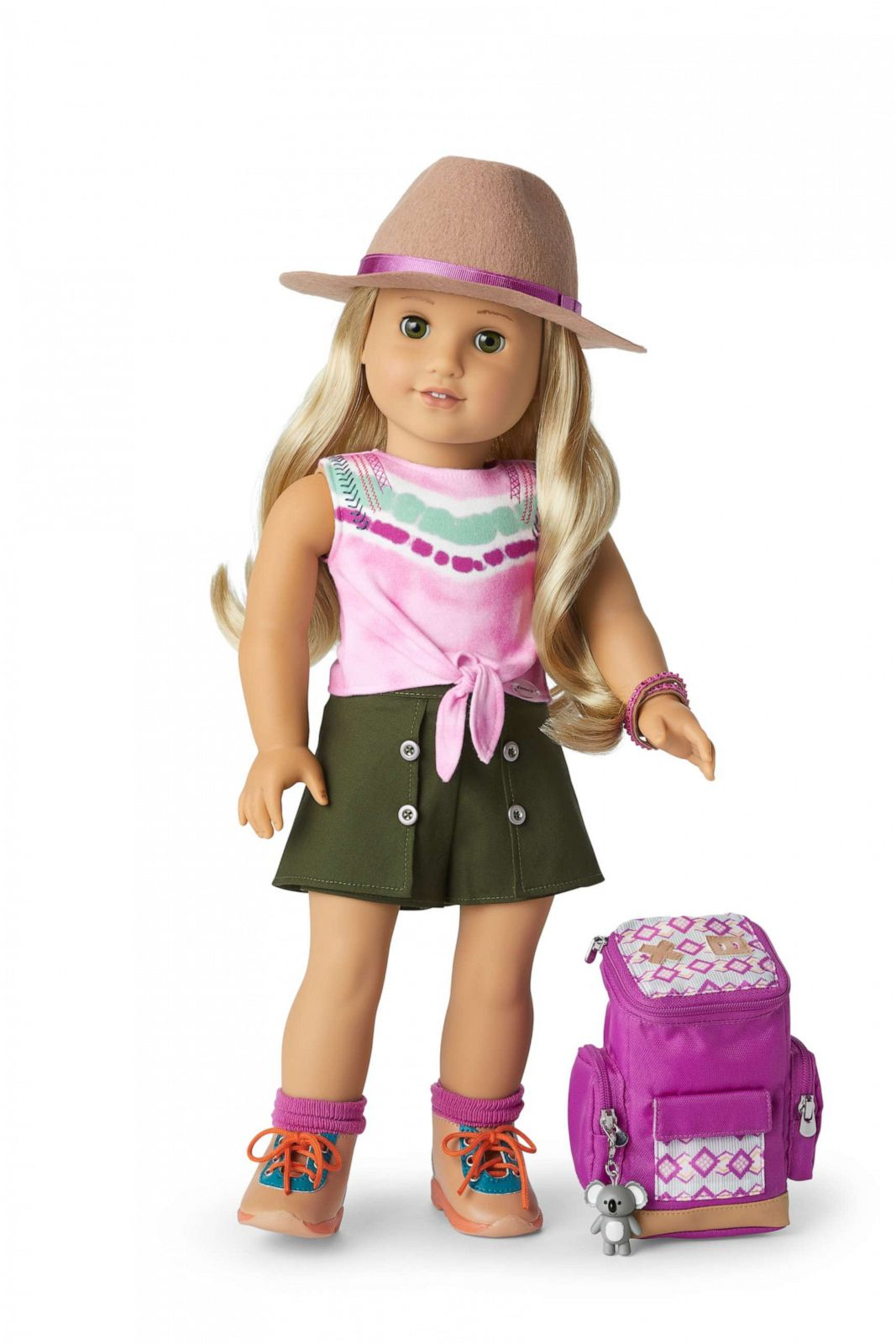 """PHOTO: American Girl's 2021 Girl of the Year doll is Kira Bailey. The new doll debuted Dec. 31, 2020 on """"Good Morning America."""""""
