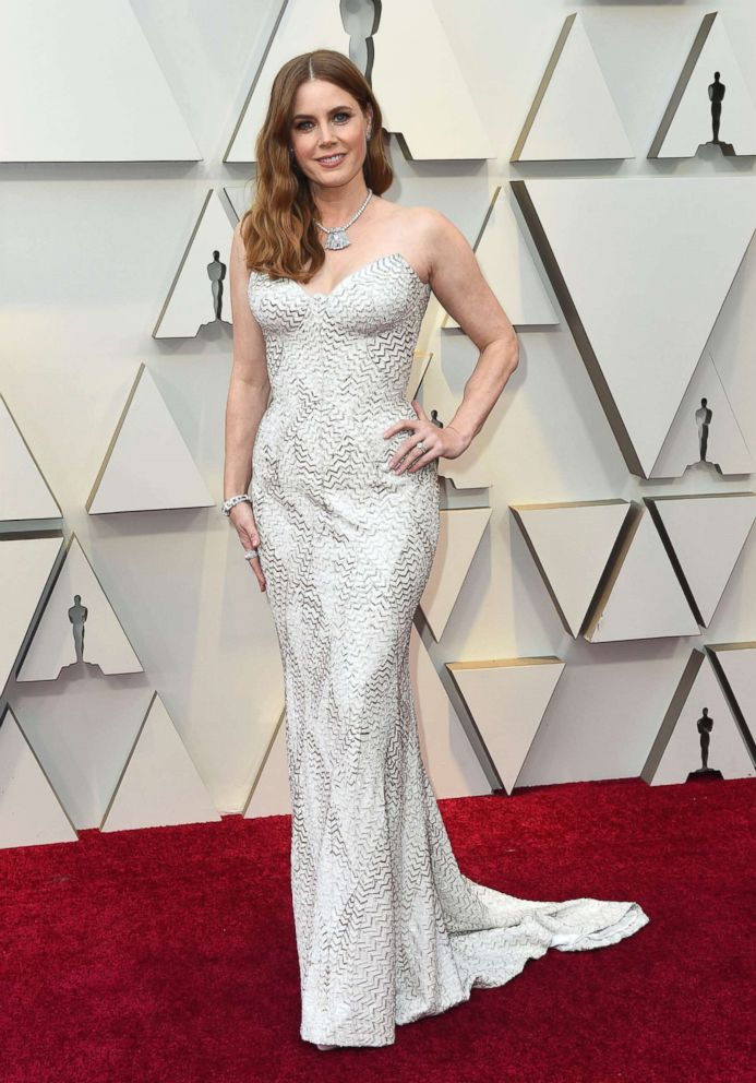 PHOTO: Amy Adams arrives at the Oscars, Feb. 24, 2019, at the Dolby Theatre in Los Angeles.