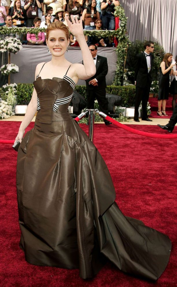 PHOTO: Actress Amy Adams arrives to the 78th Annual Academy Awards at the Kodak Theatre, March 5, 2006, in Hollywood, Calif.