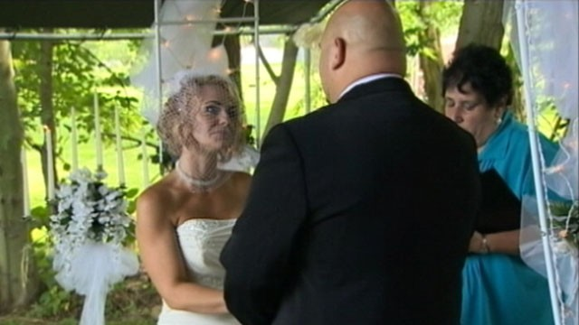 VIDEO:Two-year-old Logan Stevenson served as best man at his parents wedding.