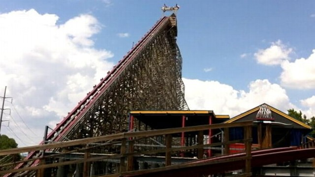 Six Flags Denies Fault in Texas Roller Coaster Death