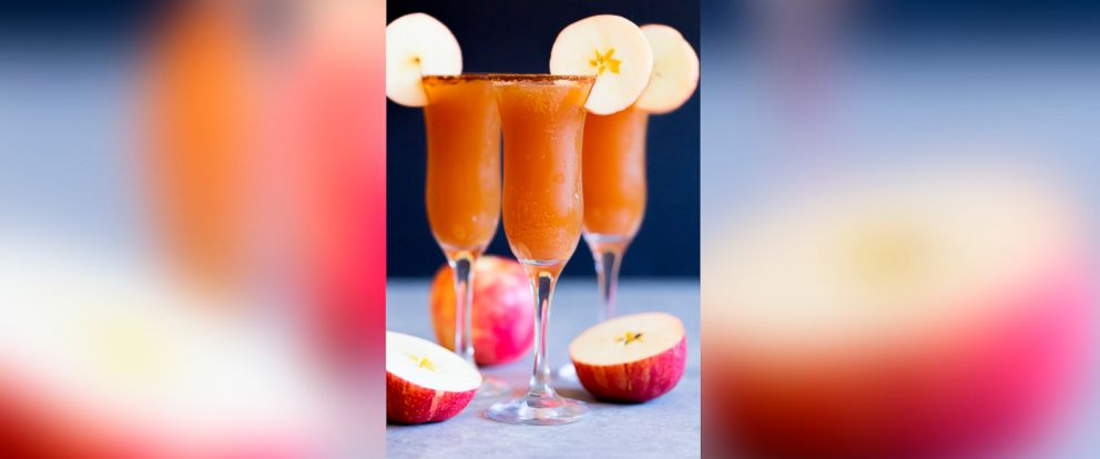 PHOTO: This apple cider mimosa recipe takes only five minutes to create.