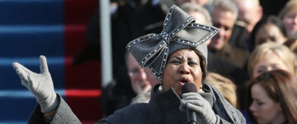 PHOTO: Aretha Franklin performs at the inauguration for President Barack Obama at the Capitol, Jan. 20, 2009.