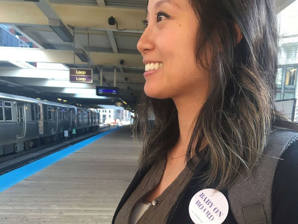 PHOTO: The Mom Project, a Chicago company, is handing out Baby on Board buttons for pregnant riders of the Chicago Transit Authority (CTA).