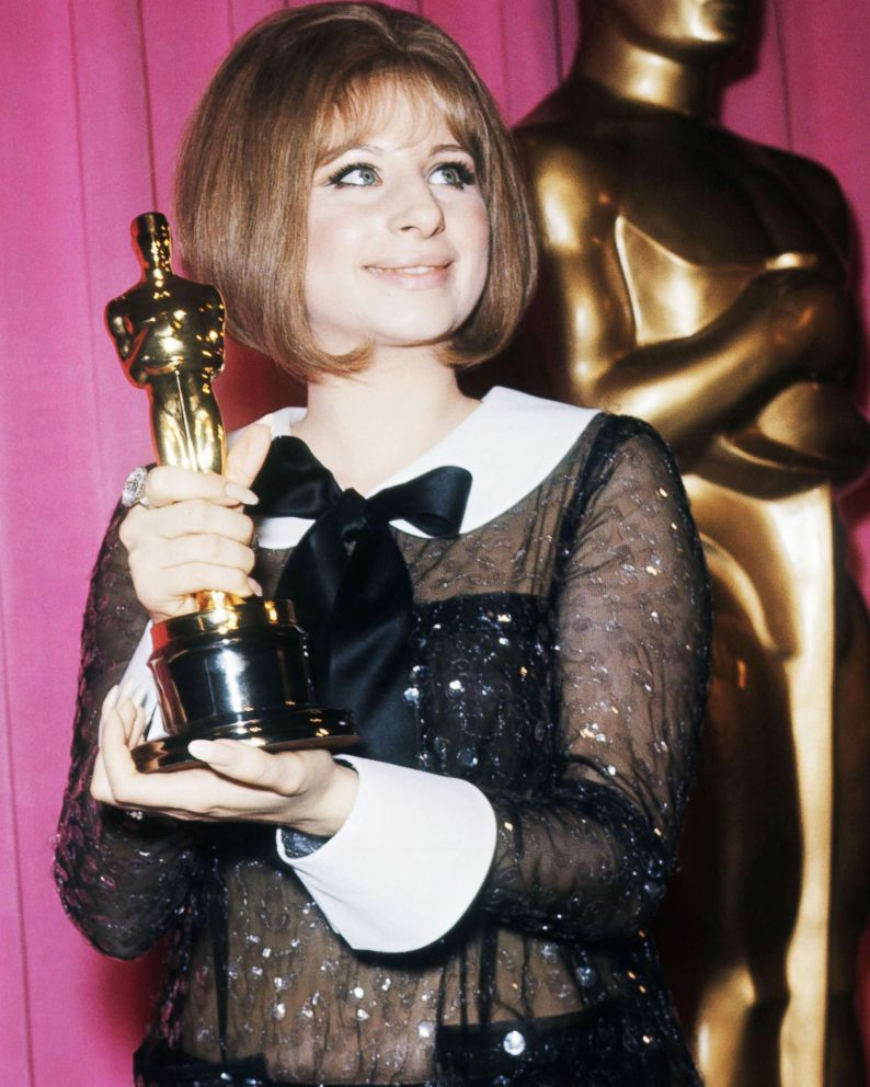 PHOTO: Barbra Streisand holds her Oscar for best actress for her performance as Fanny Brice in the musical comedy-drama movie Funny Girl.