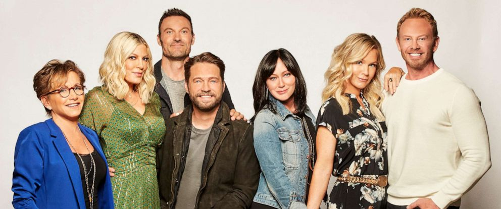 "PHOTO: Gabrielle Carteris, Tori Spelling, Brian Austin Green, Jason Priestley, Shannen Doherty, Jennie Garth and Ian Ziering pose in a promotional photo for ""BH90210,"" which will premiere on FOX, Aug. 7, 2019."