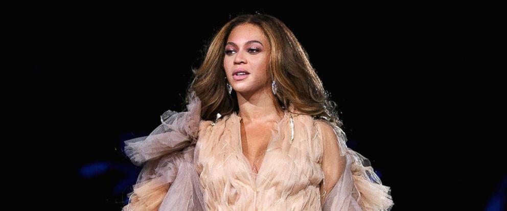 PHOTO: Beyonce performs onstage, Sept. 22, 2018 in Pasadena, Calif.