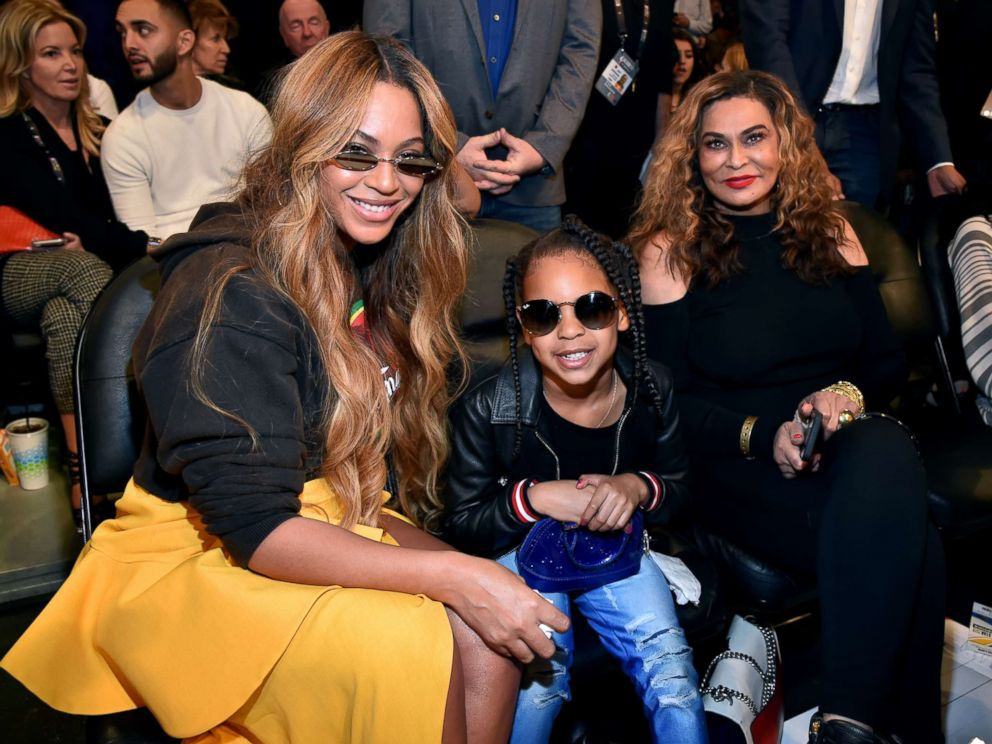 4a080225322 Beyonce s mom posts sweet throwback photo