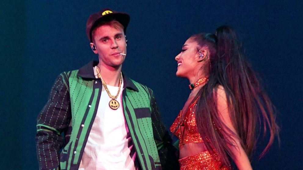 Justin Bieber makes surprise appearance at Coachella