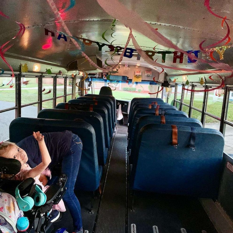 PHOTO: Anna Hopson, 5, a student at Sabal Palm Elementary School in Jacksonville, Fla., celebrated her birthday with her bus driver, Arletha Sherman, on April 10, 2019.