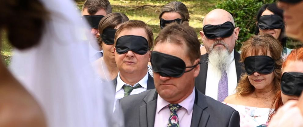 ef1fba7ea2b Why this blind bride had her guests wear blindfolds during her ...