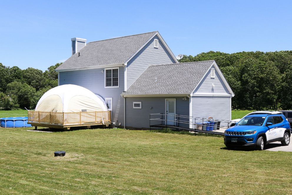 PHOTO: The Connecticut home of Julia Rubin and her 4-year-old son Brody now includes a tented play area.