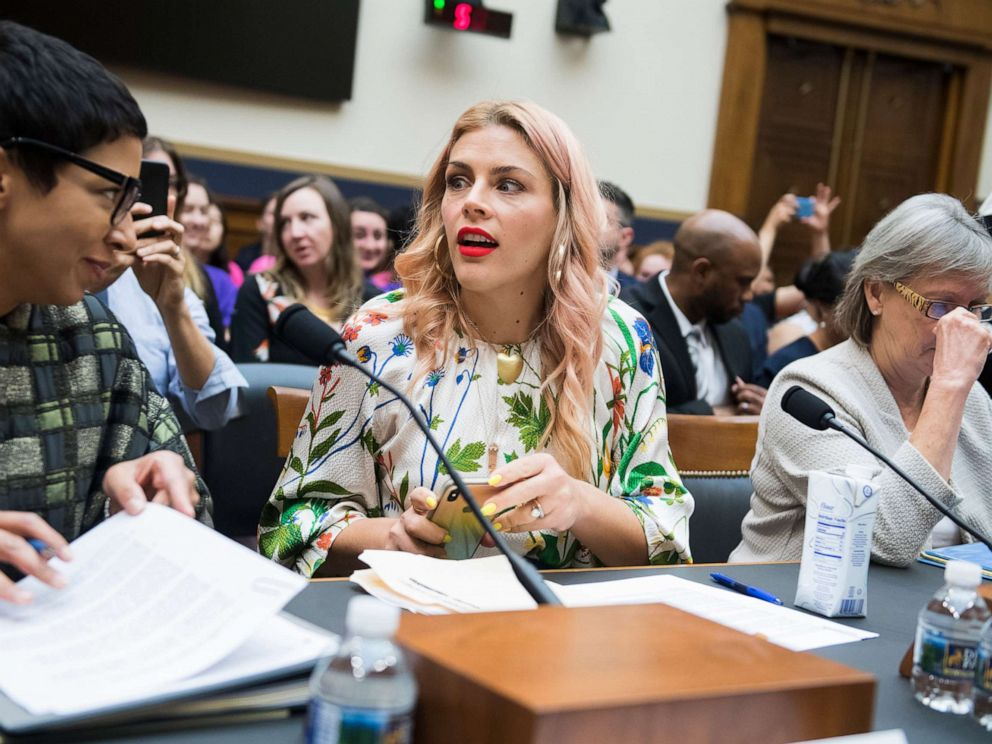 PHOTO: Busy Philipps prepares to testify in front of a House Judiciary Subcommittee on June 4, 2019.