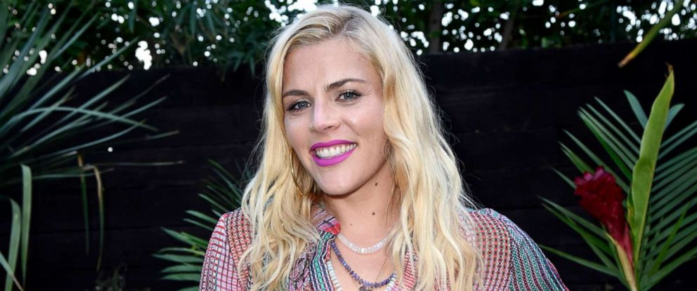 """PHOTO: Busy Philipps attends Sakara Life + Rothys celebrate """"Eat Clean Play Dirty"""" cookbook launch, April 16, 2019, in Beverly Hills, Calif."""