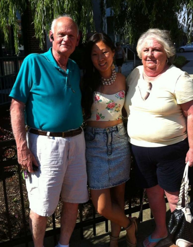 PHOTO: Caitlin Boston, center, poses with her parents Jim Boston and Nancy Boston.