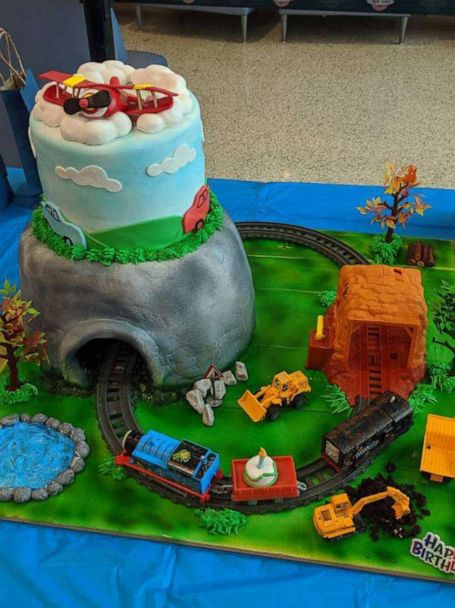 Admirable 8 Year Old Boy With Rare Disorder Gets Incredible Birthday Cake Funny Birthday Cards Online Necthendildamsfinfo