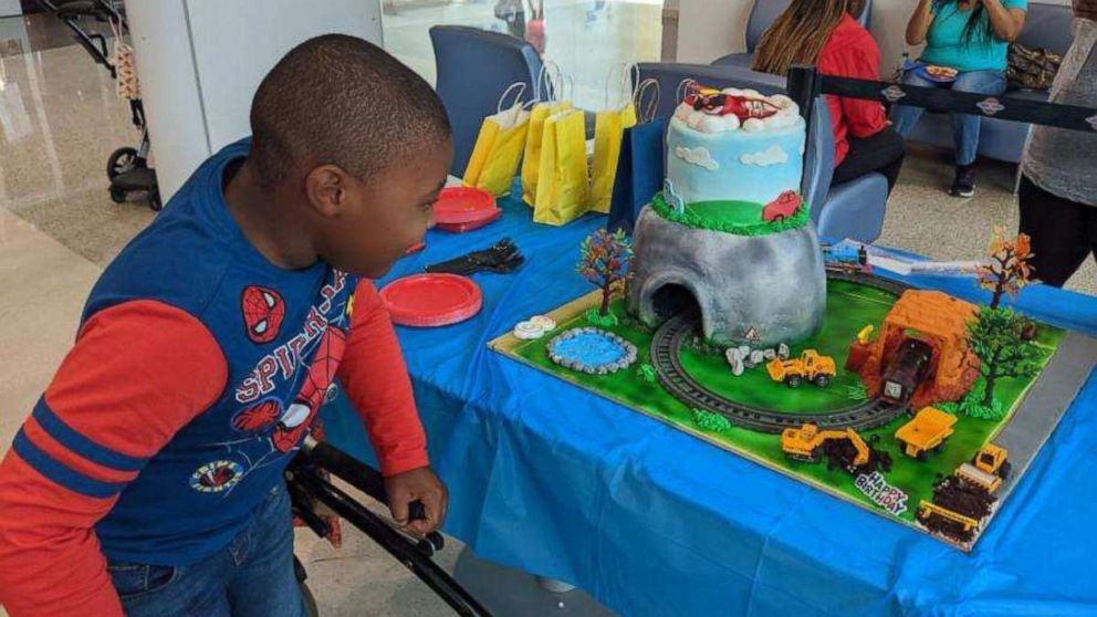Admirable 8 Year Old Boy With Rare Disorder Gets Incredible Birthday Cake Personalised Birthday Cards Paralily Jamesorg