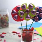 Make a DIY candy bouquet for your sweetheart on Valentine's Day!