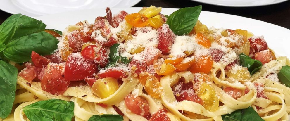 """PHOTO: """"GMA Day"""" food contributor Carla Hall shares her recipe for marinated tomato fettuccine."""