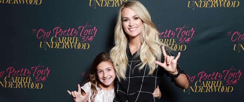 PHOTO: Savannah Dahan got to meet Carrie Underwood at the singers concert in Washington, D.C.
