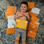 """Cancer patient Carter McPherson, 4, is receiving letters from strangers after his mother posted a request for Halloween """"cheer cards"""" for her son on the Nextdoor website."""